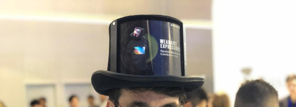 chapeau ecran amoled